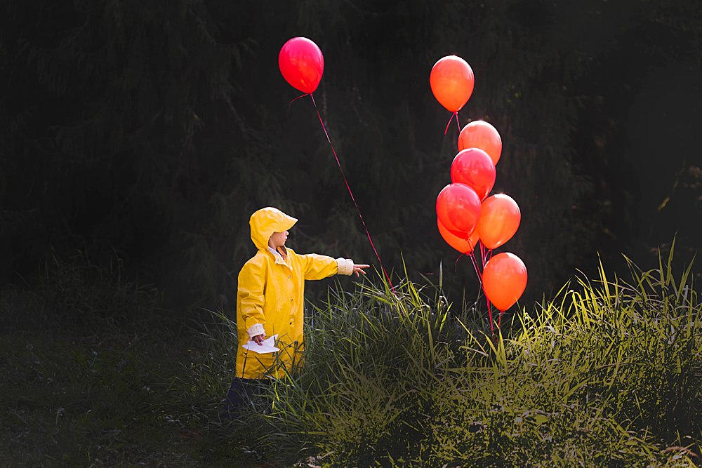 This seven-year-old rocks it as Georgie in this It-Themed photoshoot.